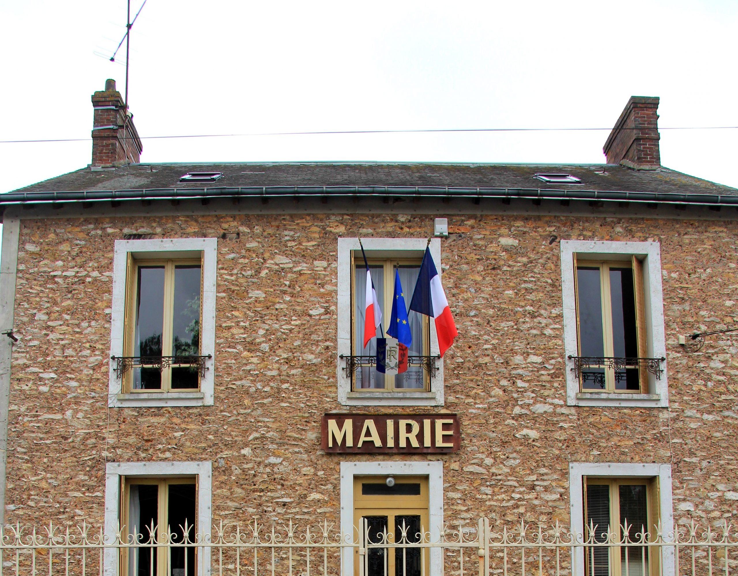 Mairie les Granges-Le-Roi